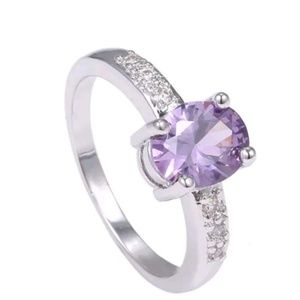 Jewelry - GORGEOUS DIVA RING NEW SIZE 9